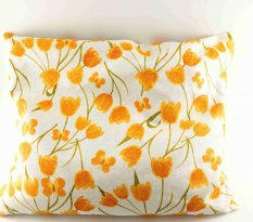 Buckwheat pillow - white with tulips - dimensions 35 cm x 28 cm