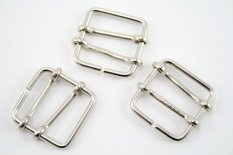 Metal clothing buckle - silver - pulling hole width 2,3 cm